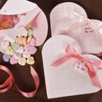 Кутия за бонбони за свети Валентин с формата на сърце