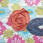 Апликирана текстилна роза