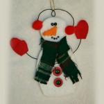 Коледна играчка снежен човек от филц