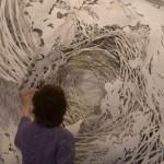 Хартиените скулптури на Миа Пърлман