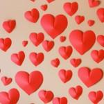 Романтична хартиена изненада за стена