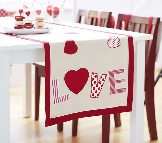 saint valentine table top 3