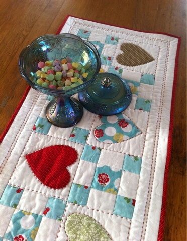 saint valentine table top 5