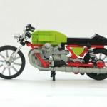 moto-Guzzi-V7-01