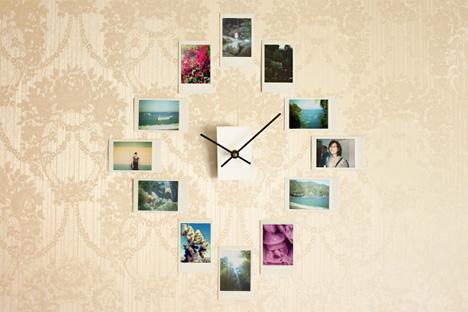 photograph-analog-wall-clock