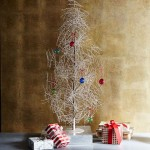 Holiday-Decor-West-Elm-Tinsel-tree-12