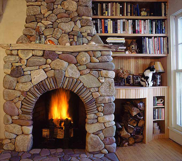 Traditional-home-fireplace