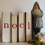 artandblog_decorating-with-books-for-christmas_03