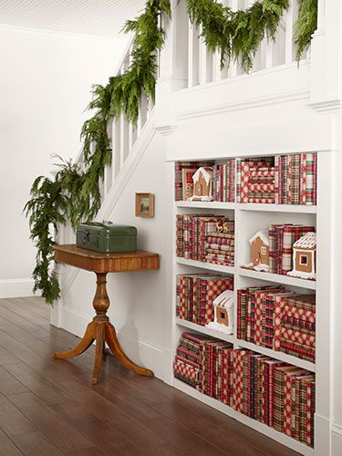 artandblog_decorating-with-books-for-christmas_09