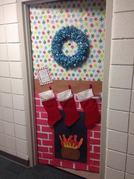 christmas-door-decorations-artandblog-13