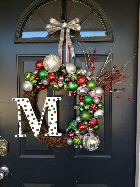 christmas-door-decorations-artandblog-4