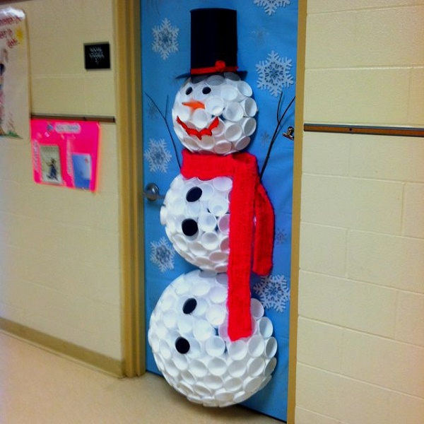 christmas-door-decorations-artandblog-9