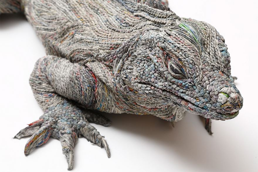 rolled-newspaper-animal-artandblog_02