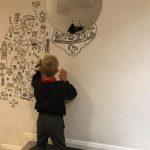 doodle-boy-decorates-restaurant-joe-whale-2
