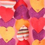Шал от вълнени сърца за свети Валентин
