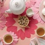 Хартиена декорация за маса за свети Валентин