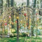 Великденско дърво на двора
