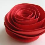 Лесна хартиена роза