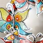 Весел венец от хартиени пеперуди