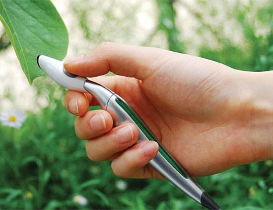 Цветната химикалка на Jinsu Park