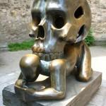 10 странни скулптури от целия свят