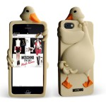 moschino-designer-iphone-5-case-luisa-duck