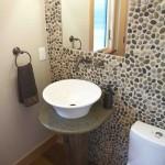 River-Rock-Wall-Creative-Bathroom-Decorations