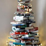 artandblog_decorating-with-books-for-christmas_02