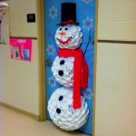 christmas-door-decorations-artandblog-9
